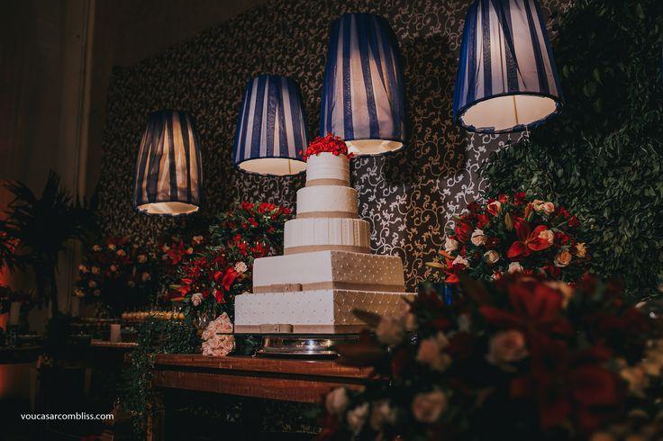 Bolo de Casamento. Casamento colorido e boho chic. Casamento Boho Chic | Júlia e Vinícius