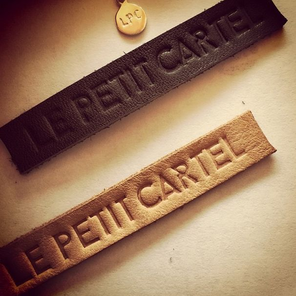 Signatures Le Petit Cartel #marquage #maroquinerie #bijouterie #argent #925 #cuir #brandnew #fewdays #serielimitée