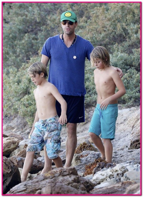 chris martin and annabelle wallis | Chris Martin Enjoys A Day On The Beach With Son Moses | Babyrazzi