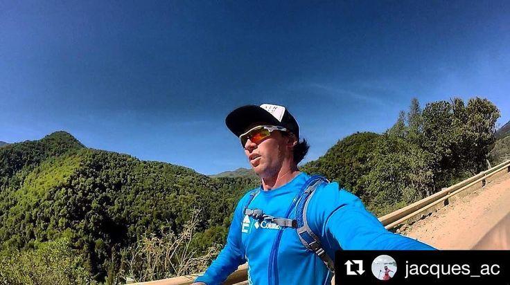 Que la motivación no decaiga amigos ! De parte de STGOMRCO y la compañía de @jacques_ac buena semana para todos . : info@stgomrco.com #Repost @jacques_ac with @repostappUna gran jornada de purificación . #stgomrco #mountainrunning #instarun #mountains #adventureculture #instachile #adventure #hiking #hikingtrails #trekking #travel #traveltheworld #trailrunning #training #trail #running #outdoors #goprooftheday #gopro #goprophotography #goworldwide