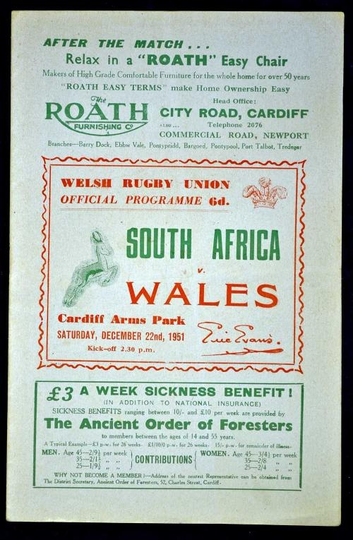 Rugby History : today 22/12 in 1951   Wales 3-6 South Africa (Springboks #rugby tour 1951)   Wales lost 6-3 to the Springboks at the National Stadium in Cardiff, a match billed as for the unofficial world championship. The inspirational Bleddyn Williams scored the Welsh try but his effort was cancelled out by a Springbok effort from Chum Ochse and a drop-goal from Hannes Brewis. The Boks had already beaten Scotland & Ireland, setting up a Grand Slam which was achieved with victory over…