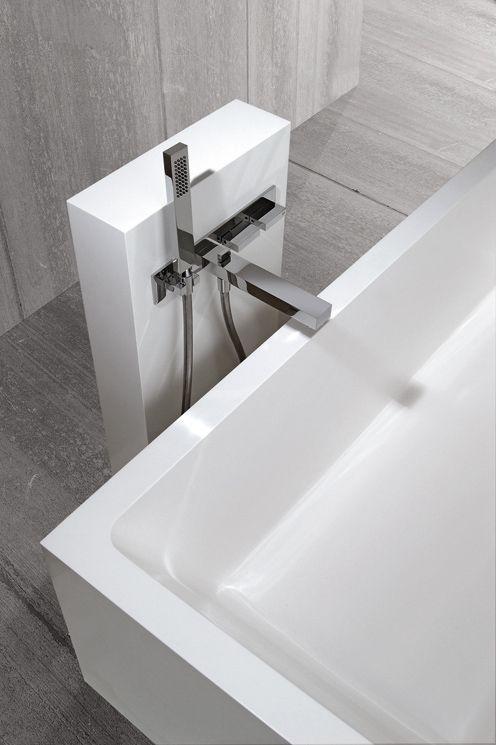 bathtub pedestal for faucet