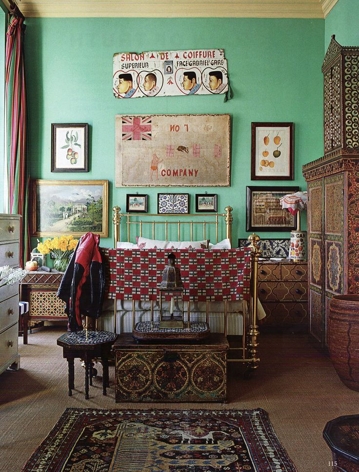 in love with this colonnial style flotsam and jetsam style episode 2 funky bedroombedroom - Funky Bedroom Design