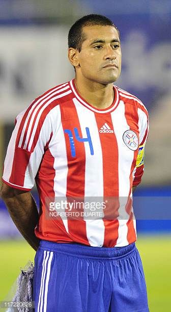 Paraguay's national football team player Paulo Da Silva before their friendly match against Chile in Asuncion on June 23 2011 AFP PHOTO Norberto...