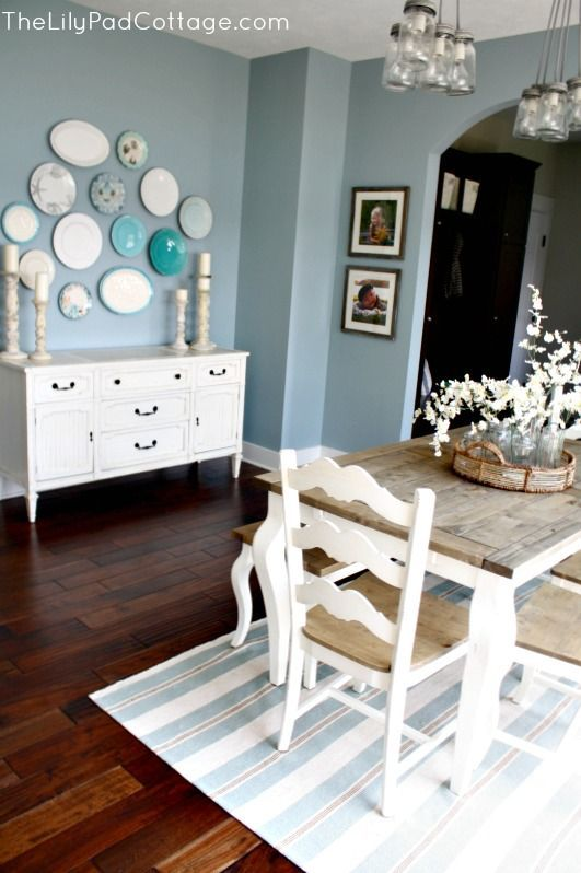 Summer Showcase of Homes – House Tour I really like alot of things about this room...of course the gallery plate wall is what drew me in but then i noticed the mason jar light fixtures (love) and the beautiful floors, rug and dining set ....Love it
