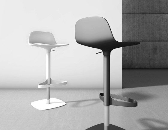 Counter stools | Seating | Bonnie And Clyde | Bonaldo | Gino. Check it out on Architonic