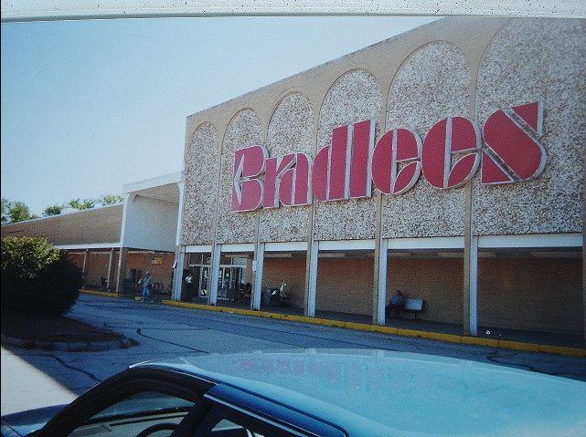 Bradlees, Concord, NH... before it was Lowe's.