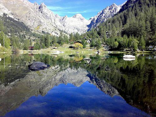 """1ère Etape: du """"Lac de Mesches"""" jusqu'à la station """"Casterino"""" La distance a pied est de 4.2km et le trajet a pied est d'une heure environ et en voiture , cela met sept minutes. L'élevation au départ est de 1400m d'altitude et à l'arrivée elle est de..."""