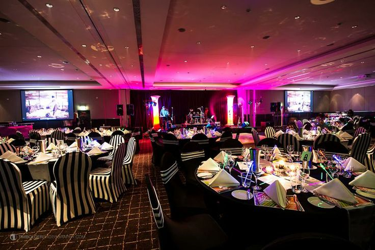 Our ballroom makes a perfect backdrop for your conferencing dinner, offering itself up perfectly to many wondrous theming options.
