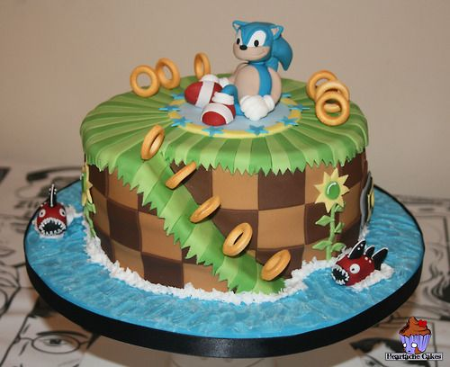 Sonic the hedgehog cake Awwww reminds me of my almost grown grandsons. They loved hedgehog.