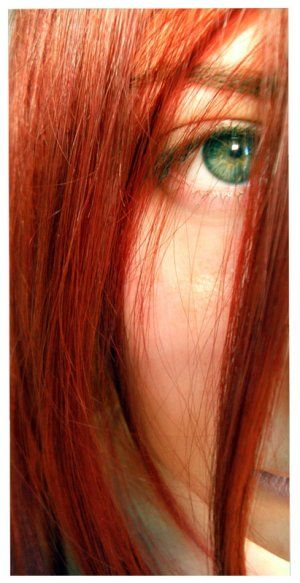 Red hair and green eyes...amazing!