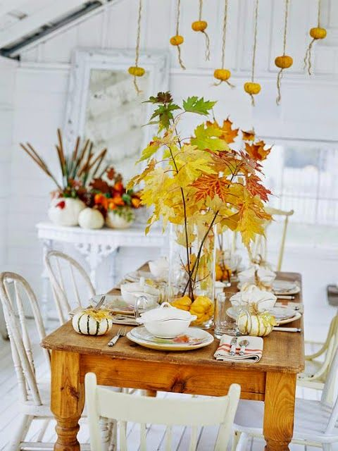 Delicieux 37 Awesome Fall Kitchen Décor Ideas : 37 Awesome Fall Kitchen Décor Ideas  With White Dining Room Walls Table Chair Stool Plant Decor Window Curtain  Pumpkin ...