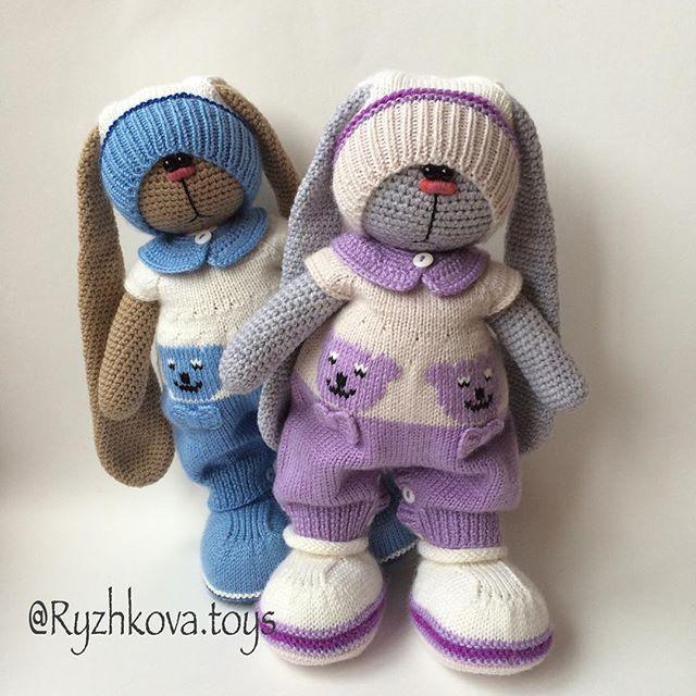 #weamiguru #villy_vanilly_shop #вязаниеспицами #вязанаяигрушка #заяц #вязаныйзаяц #вязанаяигрушка #вязаниеспицами #вязаниекрючком #вязание #ручнаяработа #handmade #handmadetoys #подарок #подарокдевочке #длядетей #длядевочек #амигуруми #rabbit #knitting #crochet