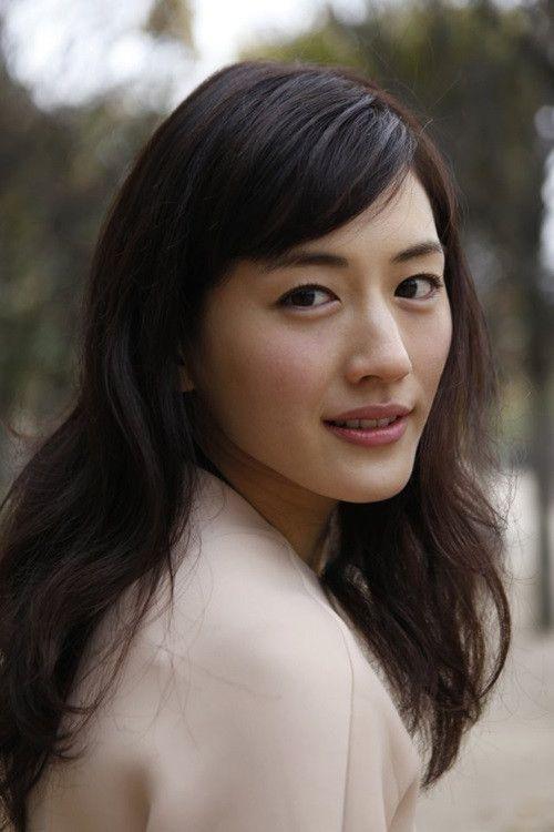 振り向き美人な綾瀬はるか。