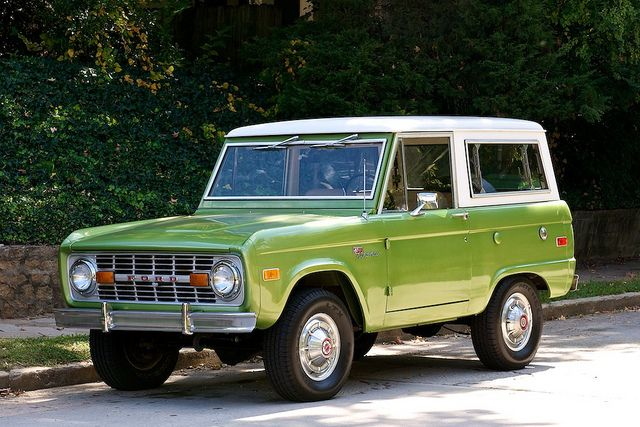 Jeeps For Sale Bc >> Green Ford Bronco with white roof | Cars | Pinterest ...