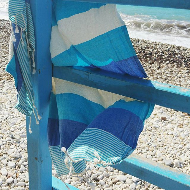 💦 LAILO towel in Blue 💦Living life with colours…