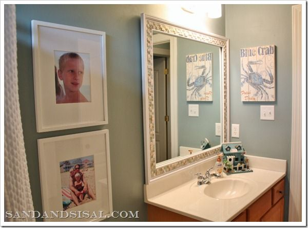 15 Beach Themed Bathroom Design Ideas: 21 Best Images About Half Bath On Pinterest