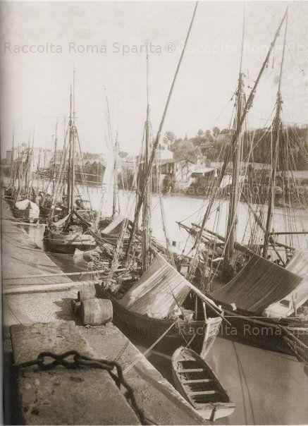 Ettore Roesler Franz, 1860/70. Porto di Ripa Grande - I barconi scaricavano riso…