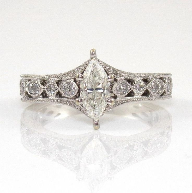 Diamond engagment ring size 6.5 Neil Lane collection  .75 total carot marquise  #NeilLane #SolitairewithAccents