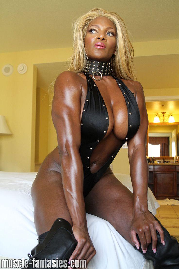 blackwomandominatingwhiteman A Goddess   Dommes