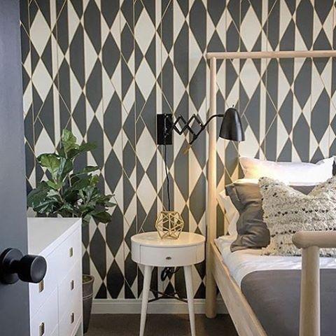 <a href='/tag/regram' target='_blank'>#regram</a> <a href='/alyvelji' target='_blank'>@alyvelji</a> <a href='/tag/bedroom' target='_blank'><a href='/tag/bedroom' target='_blank'>#bedroom</a></a> featuring Oblique <a href='/tag/geometric' target='_blank'><a href='/tag/geo' target='_blank'>#geo</a>metric</a> <a href='/tag/wallpaper' target='_blank'>#wallpaper</a> <a href='/tag/blackandwhitewallpaper' target='_blank'>#blackandwhitewallpaper</a> <a href='/tag/interiordesign'…