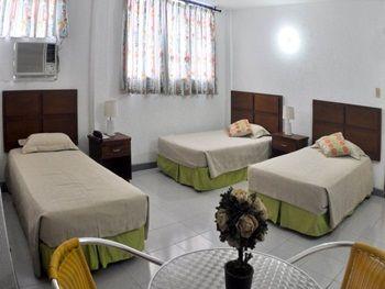 Habitación múltiple Hotel Verde Mar en San Andrés