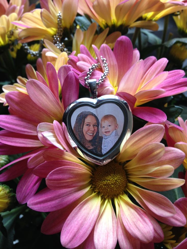 South Hill Designs custom locket for Mother's Day!