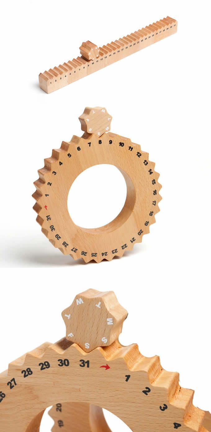 Wooden Gear Perpetual Calendar