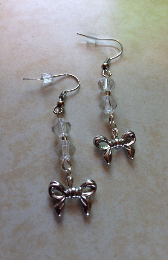 Such a precious pair of earrings