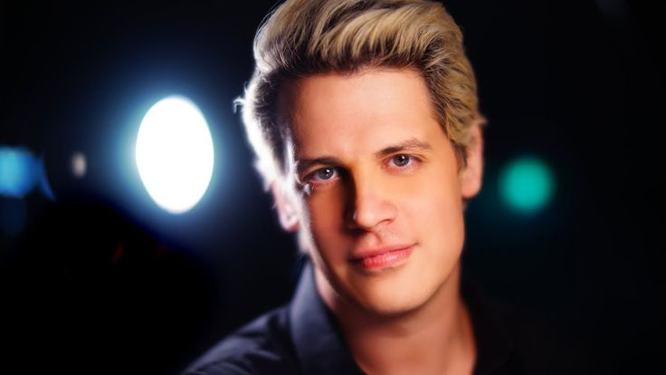 Candice Malcolm of TheRebel.media cuts through the leftist spin and tells the real story of Milo Yiannopoulos' permanent ban from Twitter. MORE: http://www.t...