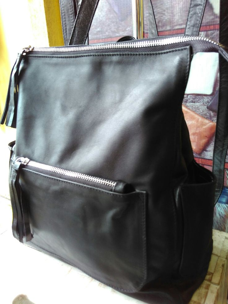 Lbp 88.handmade genuine leather .  Whosale and retail Order  WA +6287860788348 ( risti) Email  ristiyanti@ gmail.com
