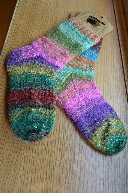 Free pattern : How I Make My Socks pattern by Susan B. Anderson