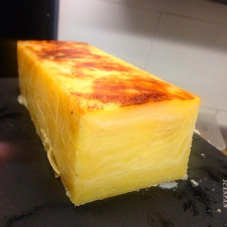 Potato + duck fat = pommes salardaise....with 350gm dry aged Rib Eye tonight. #stclaudes #woollahra #oxfordstreet #sydneydining #paddington