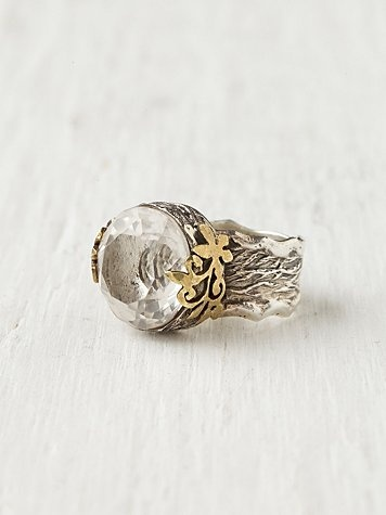 crystal ring as a token of true love and happiness ever after #weddingbelles