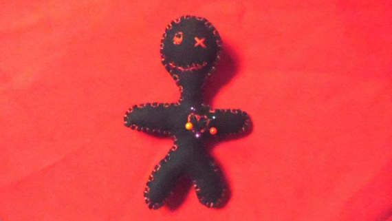 Voodoo doll pincushion, black voodoo doll, little black pincushion, felt voodoo doll, sewing supplies, sewers voodoo doll, halloween  gift