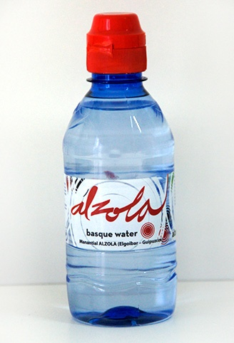 Botella agua de Alzola PET 330 ml