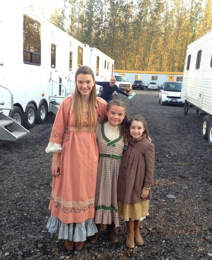When Calls the Heart - Season 3 (behind the scenes) | ~ When Calls the Heart ~ | Pinterest | Scene