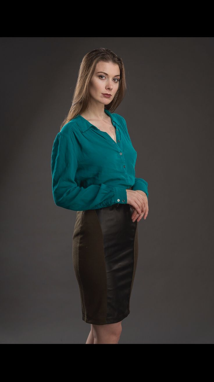 green collared blouse