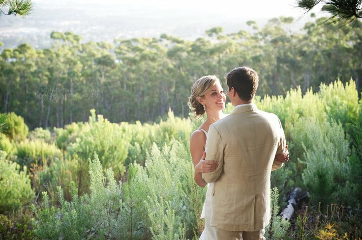 Wedding at Lalapanzi Lodge at the foot of the hottentots holland mountains, image by Somerset West based Wedding Photographer Michelle Joub...