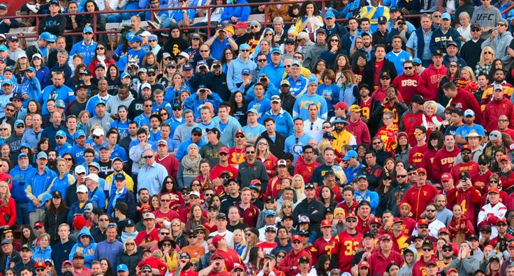 The announced attendance of 83,602 was the smallest crowd for a USC-UCLA game at the Coliseum since 1980 (83,491), which was the final Crosstown Rivalry at ...