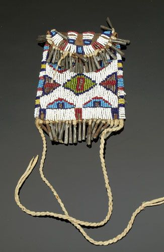 Sioux Beaded Strike-a-Lite Case w/ tin cone danglers