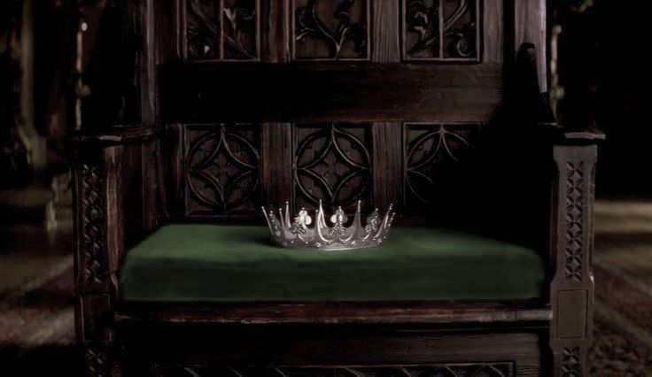 """""""In a world of locked rooms, the man with the key is king. And honey, you should see me in a crown."""" ~Moriarty"""