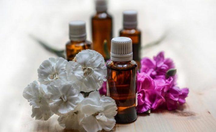 Olej, ktorý dokáže vyliečiť migrény, depresiu, úzkosť a dokonca aj zrak | Báječné Ženy