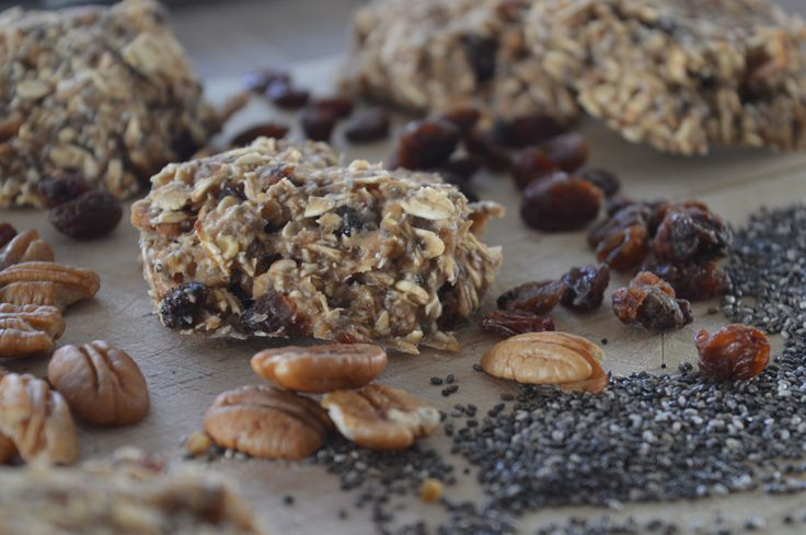My Breakfast Cookies are gluten free and vegan! You can be creative with this recipe and add or omit any ingredients you want! I used the base recipe from my Banana Chocolate Chip Cookies and they turned out perfect.  Have you heard of Mulberries? They have a soft texture and a sweet taste. They are rich in iron, calcium, vitamin C, fibre and p...