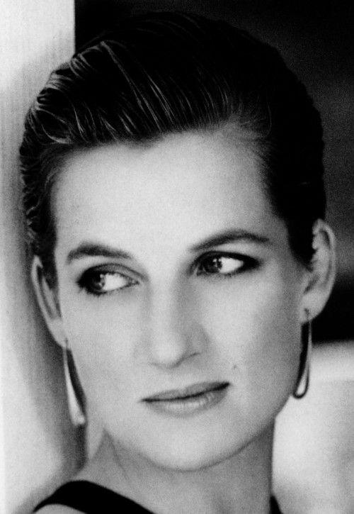dianaspot:  Diana, Princess of Wales