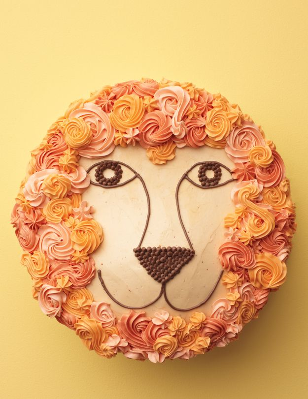 Lion Cake with a mane of flowers