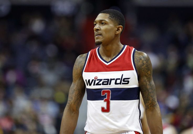Wizards' Bradley Beal scores career-high 42 points in win over Suns = The 3-9 Washington Wizards desperately needed a victory over the Phoenix Suns on Monday night, and the Wizards pulled out a hard-fought 106-101 win on the back of a career-high 42 points for Bradley Beal. Beal scored.....