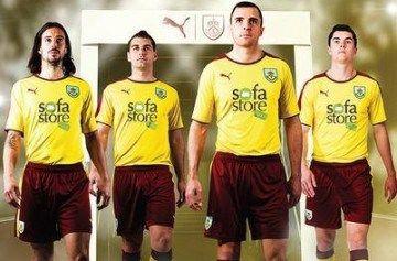 Burnley FC 2015/16 PUMA Away Kit