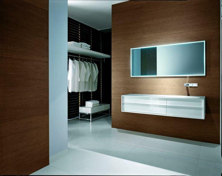 Falper Shape two drawers vanity in laquered white / vanité avec deux tiroirs laqué blanc