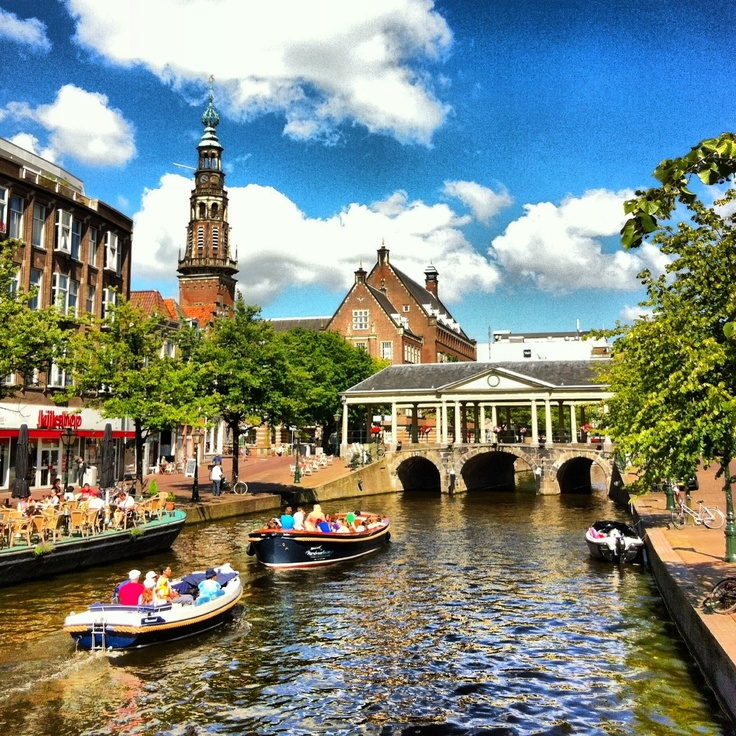 Leiden, Nieuwe Rijn (The Netherlands), most Americans don't know that the Pilgrims actually left from Leiden, not England